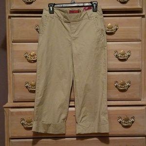 So Women's Khaki Capri Length Pants